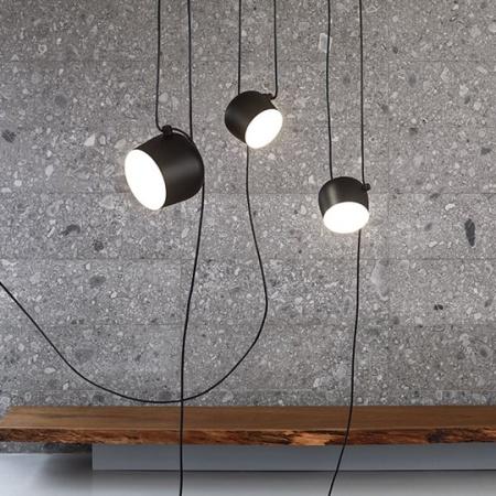 Flos materiale alluminio, policarbonato - Lampada a Sospensione Aim Nero - F0090030