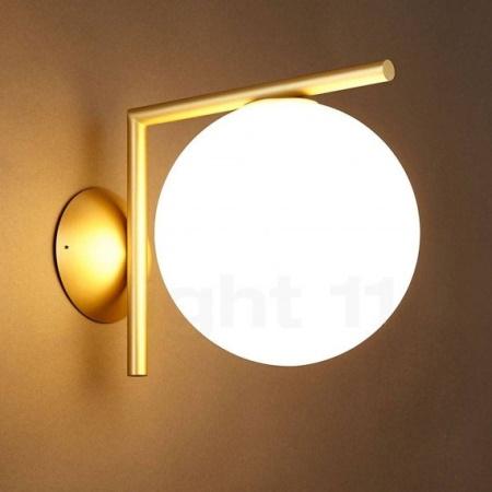 Flos IC C/W1 ROSSO BURGUNDY Lampada da parete con struttura in acciaio e ottone - F3178035