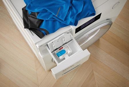 Miele Accessori pulizia - 10756400 Caps Sport detersivo speciale per capi tecnici traspiranti (confezione da 6)