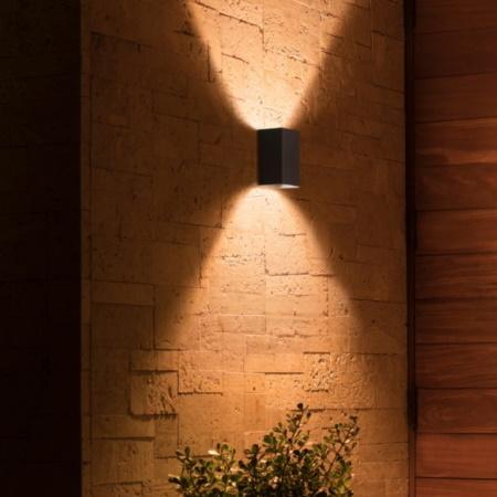Philips Hue Resonate Nero Lampada da parete da esterno - 1746430p7
