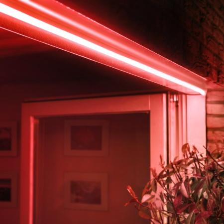 Philips Hue Lightstrip Esterno 5m Stripled Colorata da 5m da esterno IP67 - 70985300