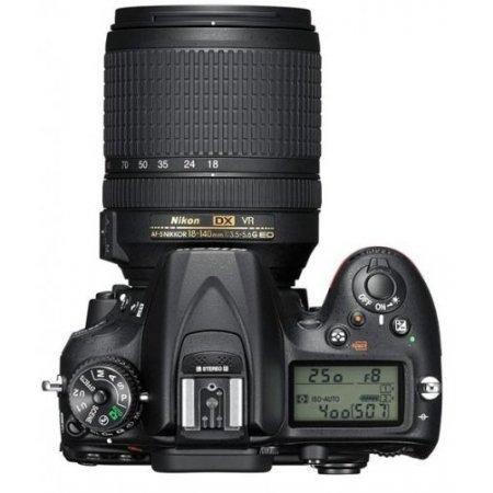 Nikon - D7200 + 18-140 Vr