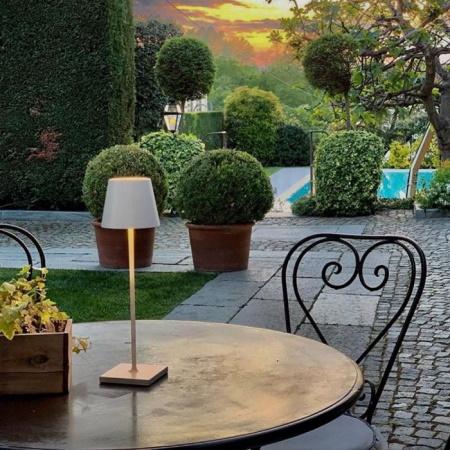 Zafferano Poldina Pro Grigio IP54 Lampada da tavolo ricaricabile - Ld0340n3